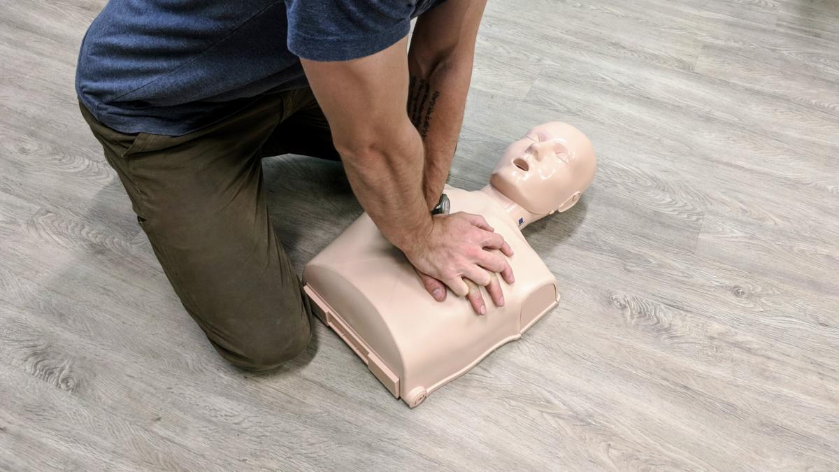 Cpr And First Aid Instruction Smoky Mountain Adventure Center